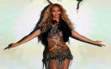 'Sasha fierce' Beyonce' kills at Billboard Music Awards