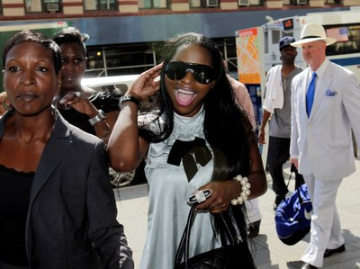 NY judge dismisses Foxy Brown's 'mooning' charges