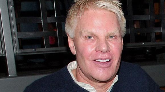 Note to Abercrombie CEO from a thick chick:  THAT FACE of yours is not an authority on beauty!