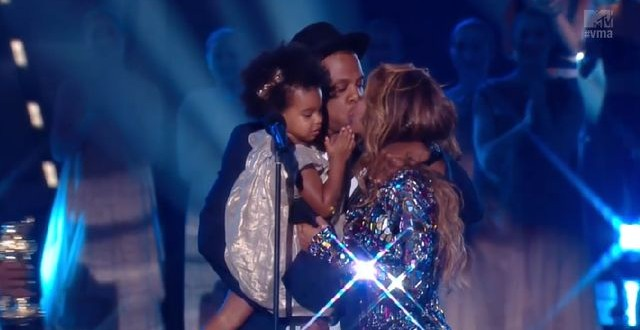 Flawless! Carter family steals spotlight at 2014 VMA