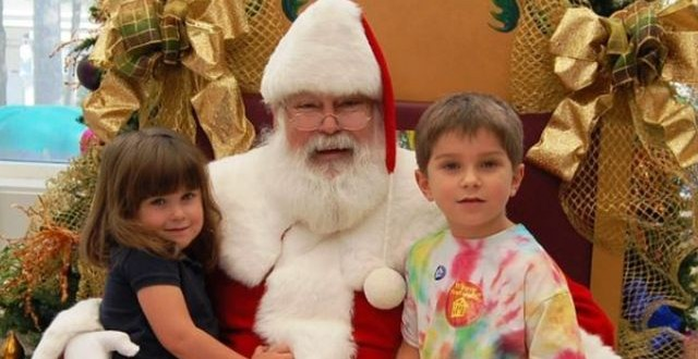 ElfieSelfies with Santa!  Father Christmas visits Children's Museum of Houston