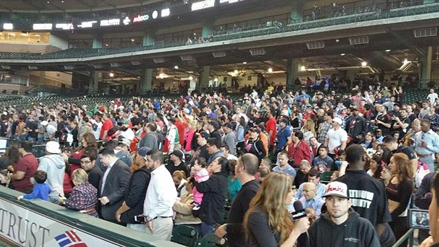 crowd minute maid park