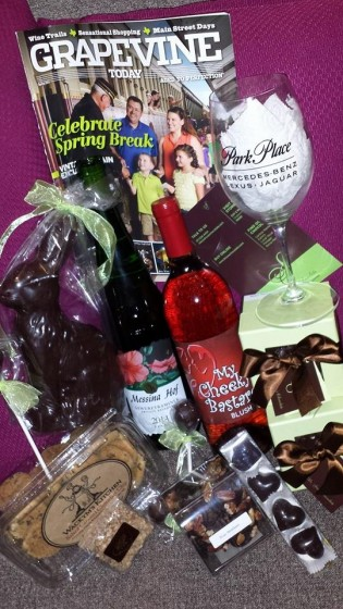 @NewsWitAttitude: Look at haul I got @VisitGrapevine . It's going to be relaxing weekend.Thx @Messina_Hof @Umbrawinery @drsueschocolate