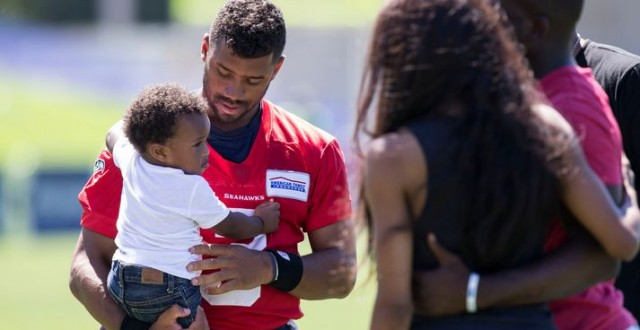"Future and T.I. diss Ciara for bringing son around ""new boo"" Russell Wilson"