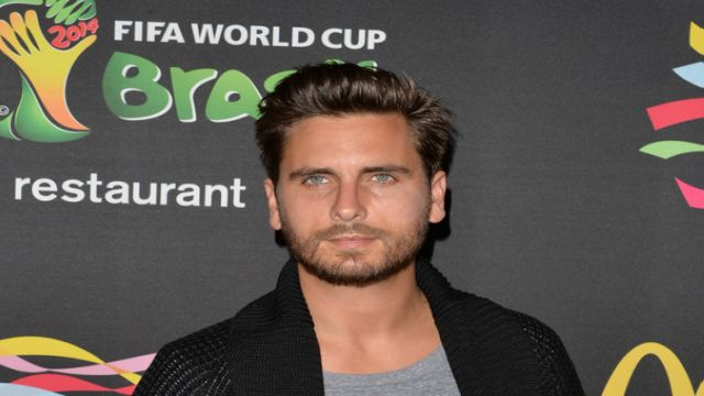 """Keeping up the Kardashians"" star Scott Disick wants $500K fee to compete on ""Dancing with the Stars"""