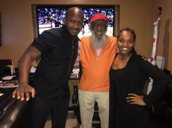 The laughter and the lesson: Dick Gregory shares history, lots of words of wisdom