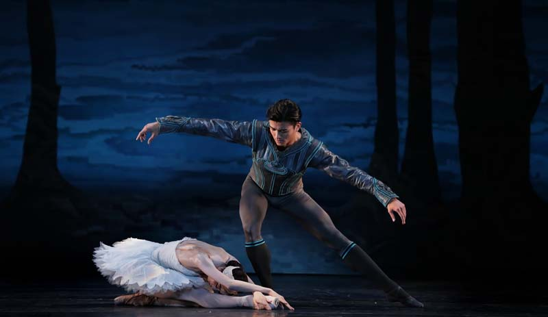 AMAZING PHOTOS: Houston Ballet presents 'Swan Lake' at Jones Hall June 23-July 1
